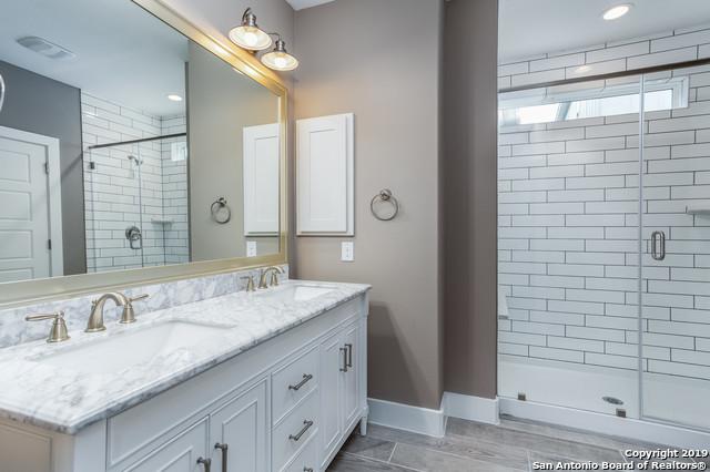 Property for Rent | 1414 E SANDALWOOD LN  San Antonio, TX 78209 8
