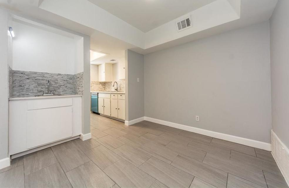 Active Option Contract | 7431 Holly Hill Drive #225 Dallas, TX 75231 9