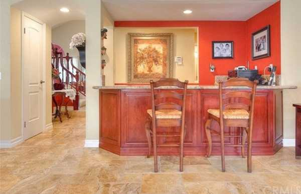 Active | 13511 Portofino Court Chino Hills, CA 91709 12