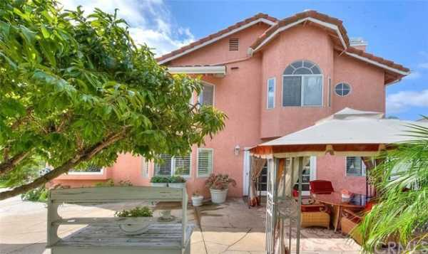 Active | 13511 Portofino Court Chino Hills, CA 91709 42