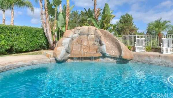 Active | 13511 Portofino Court Chino Hills, CA 91709 44