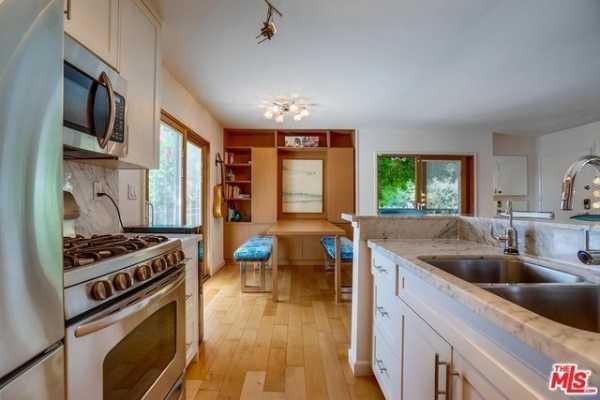 Property for Rent | 302 ASHLAND Avenue #101 Santa Monica, CA 90405 9