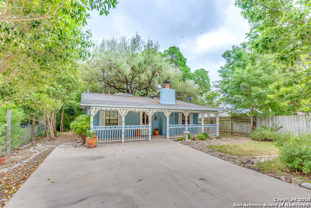 Active | 18214 SCENIC LOOP RD  Helotes, TX 78023 2