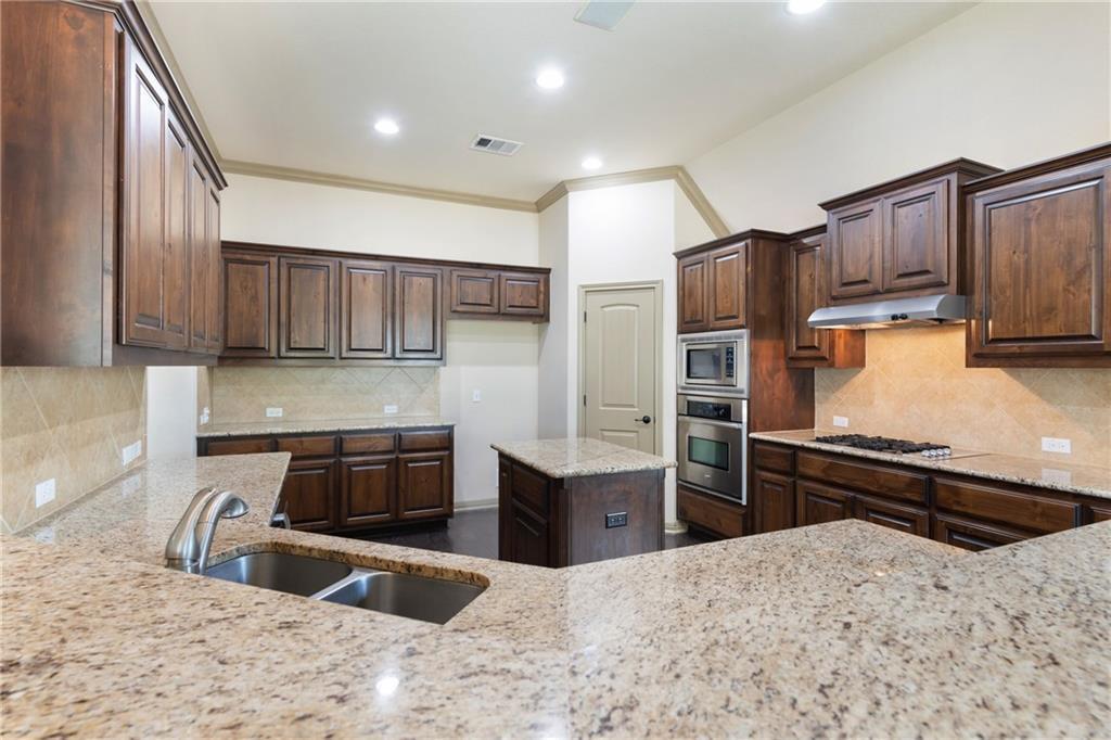 Lease, Short term lease, for sale, single story | 150 Drury Lane Austin, TX 78737 14