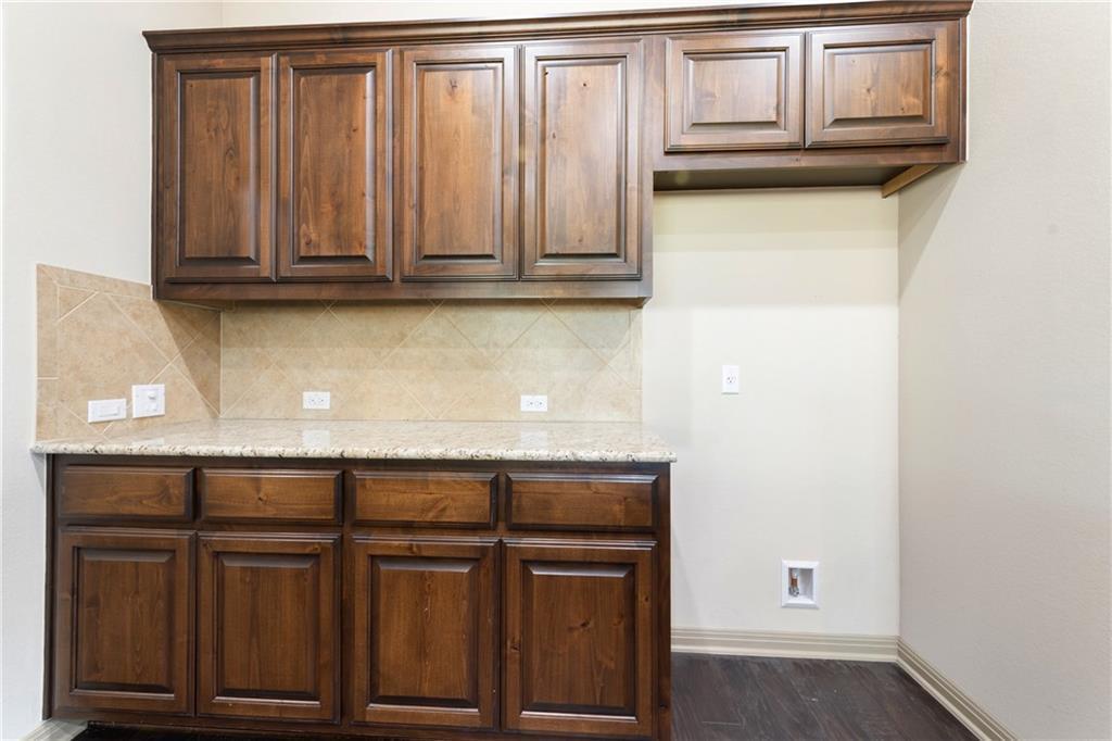 Lease, Short term lease, for sale, single story | 150 Drury Lane Austin, TX 78737 17