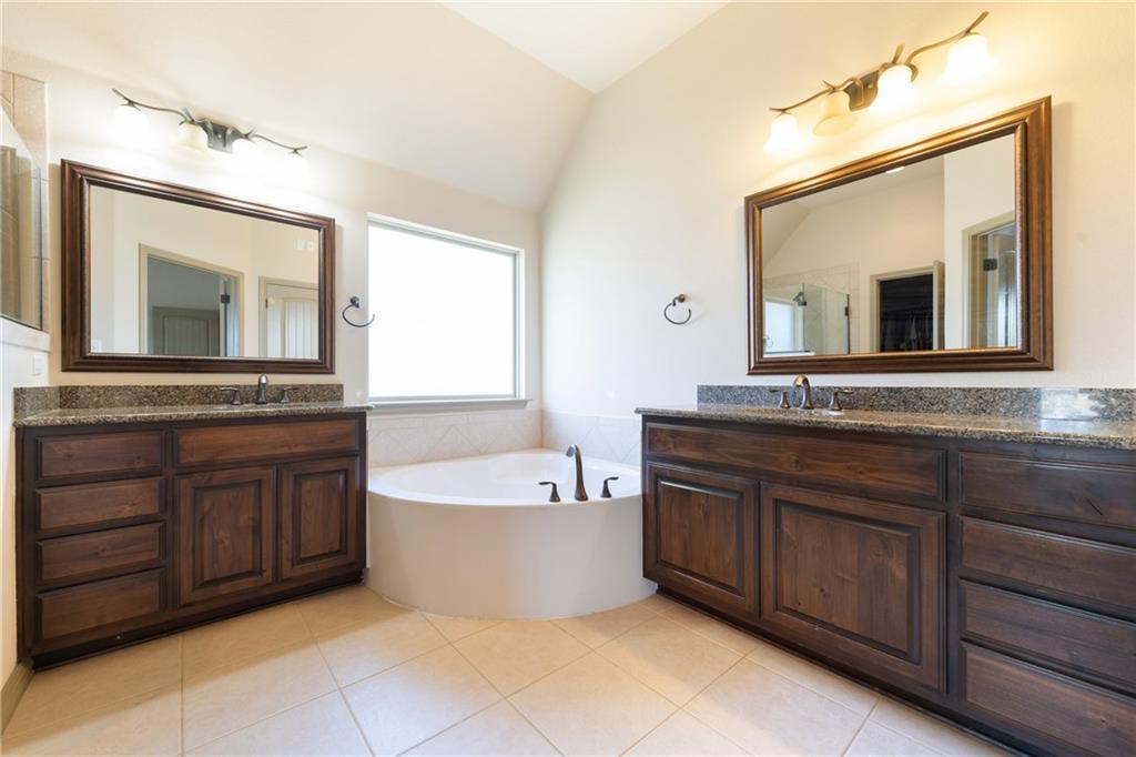 Lease, Short term lease, for sale, single story | 150 Drury Lane Austin, TX 78737 22