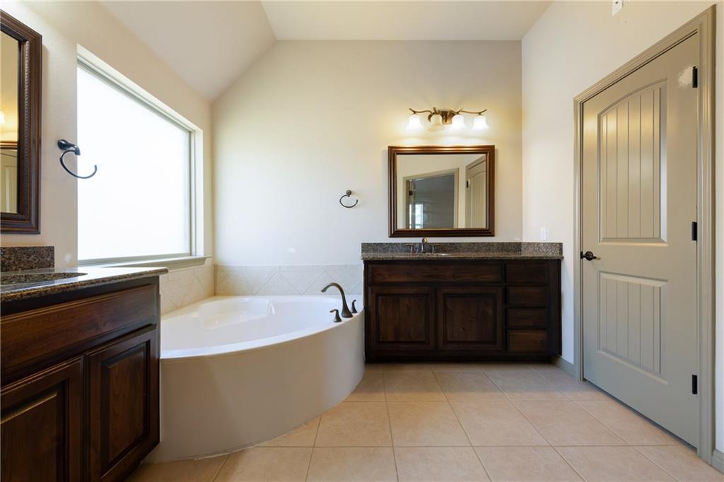 Lease, Short term lease, for sale, single story | 150 Drury Lane Austin, TX 78737 25
