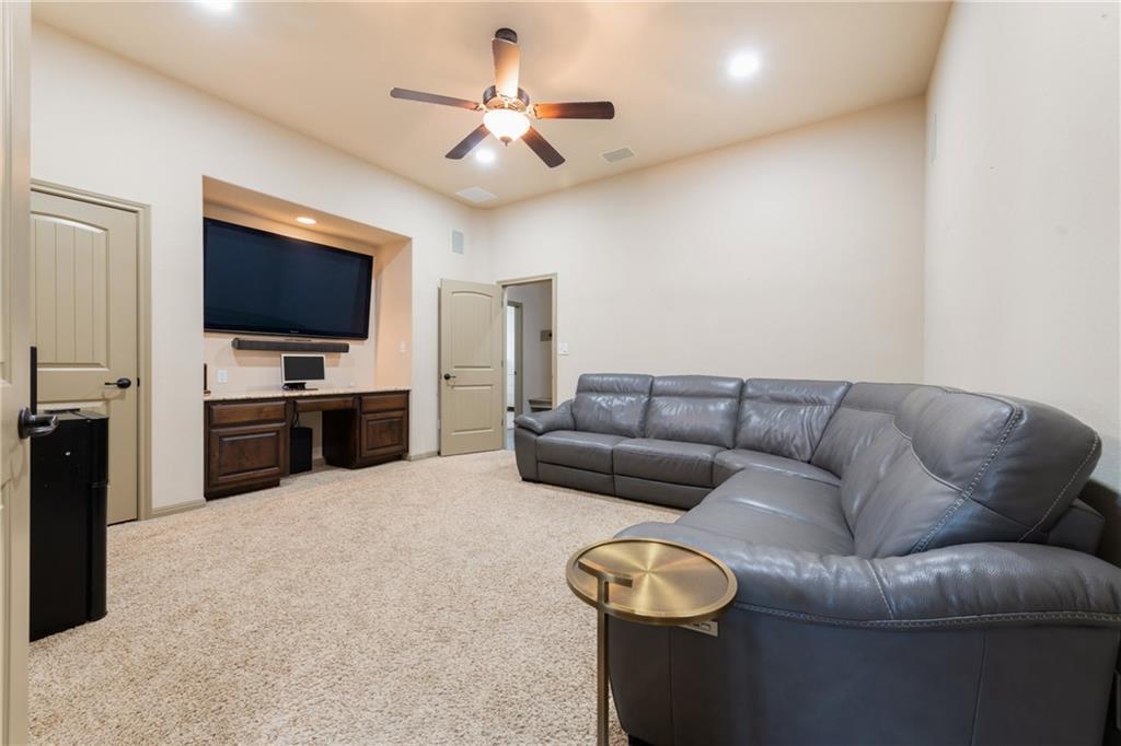 Lease, Short term lease, for sale, single story | 150 Drury Lane Austin, TX 78737 28