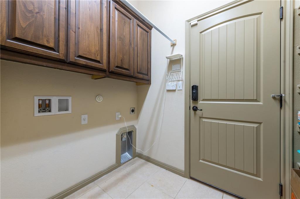 Lease, Short term lease, for sale, single story | 150 Drury Lane Austin, TX 78737 33