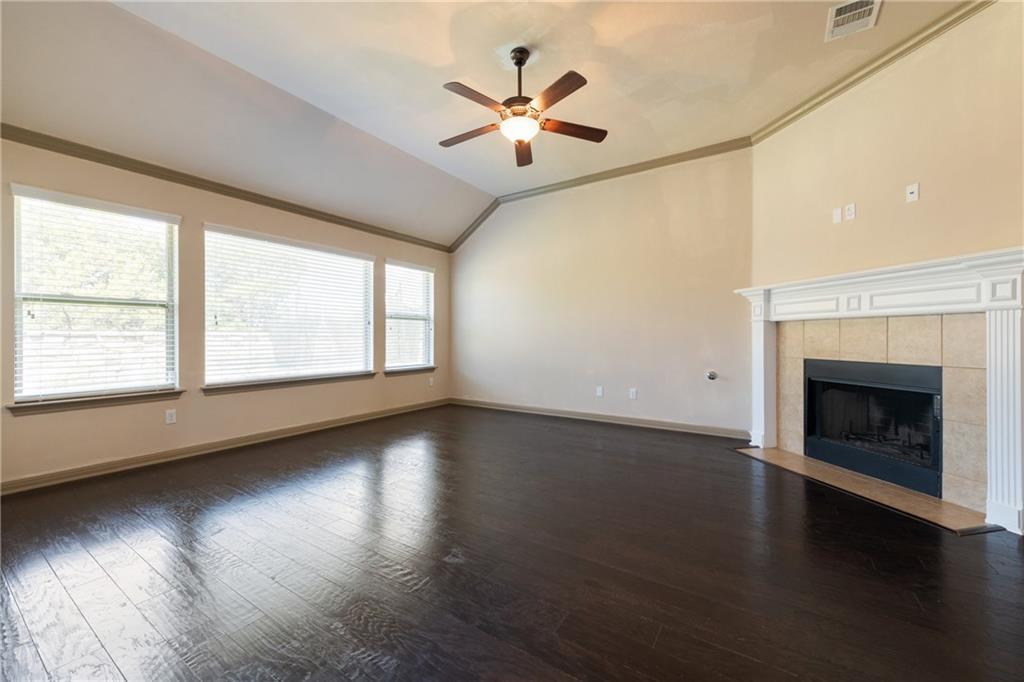Lease, Short term lease, for sale, single story | 150 Drury Lane Austin, TX 78737 9