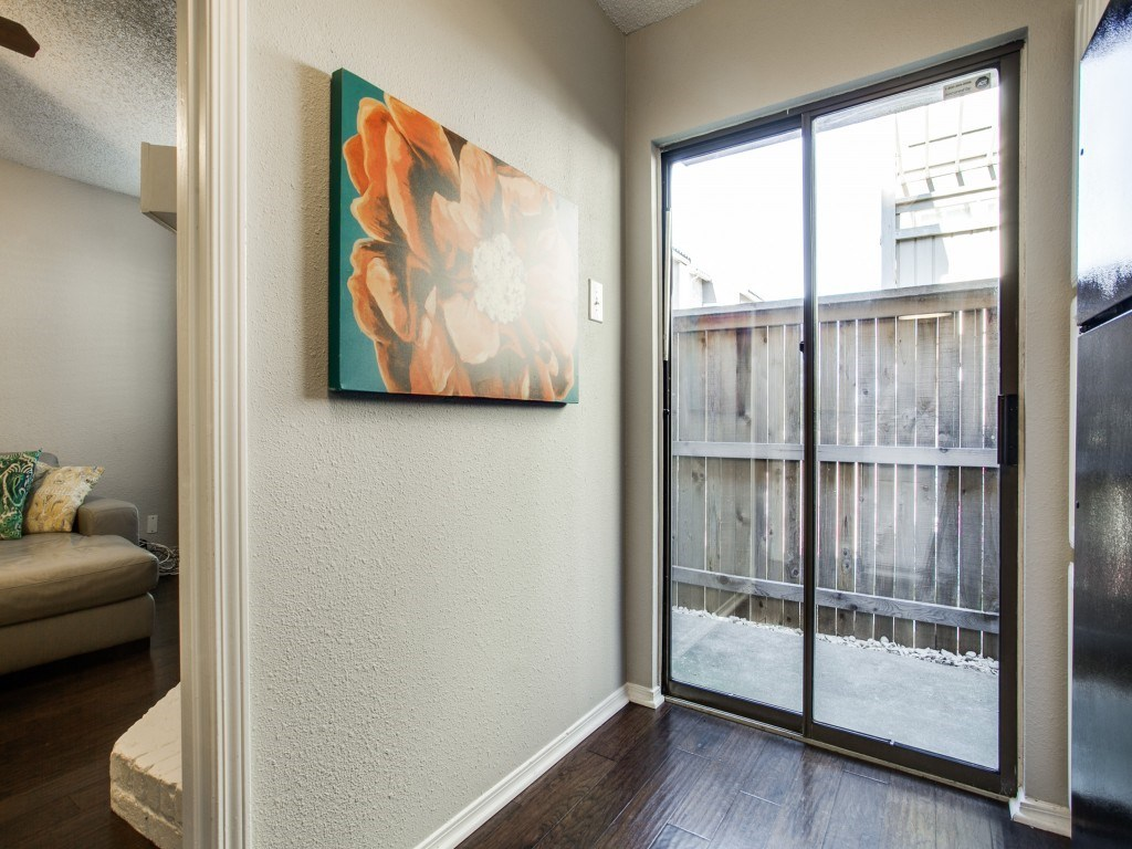 Sold Property | 5200 Martel Avenue #27B Dallas, Texas 75206 10