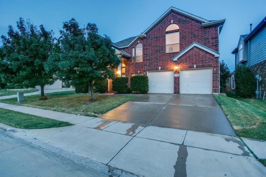 Sold Property | 11708 Pheasant Creek Drive Fort Worth, Texas 76244 2