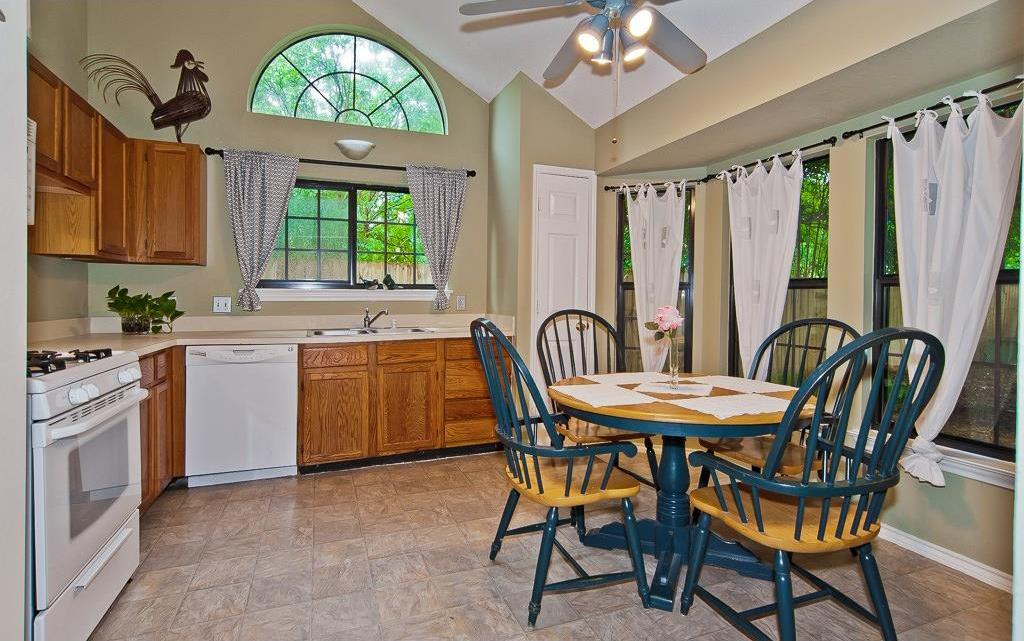 Sold Property | 4309 Hudson Avenue Grand Prairie, Texas 75052 11