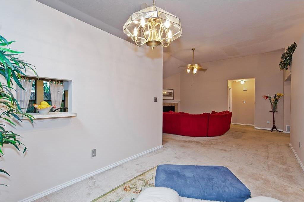 Sold Property | 4309 Hudson Avenue Grand Prairie, Texas 75052 5