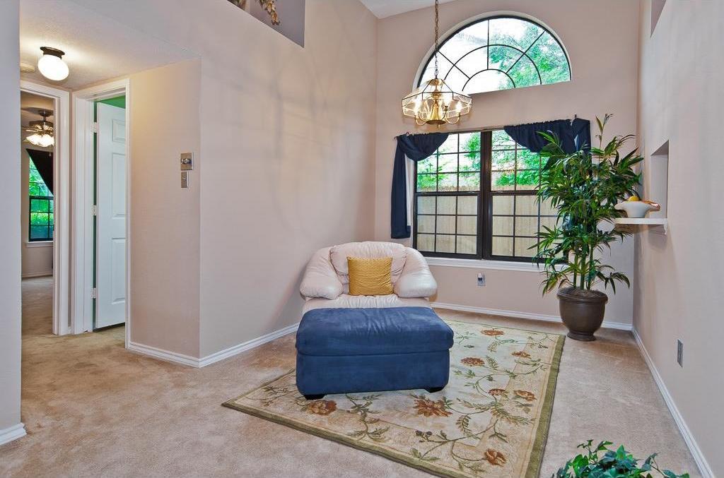 Sold Property | 4309 Hudson Avenue Grand Prairie, Texas 75052 6