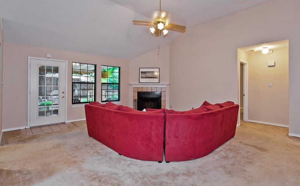 Sold Property | 4309 Hudson Avenue Grand Prairie, Texas 75052 7