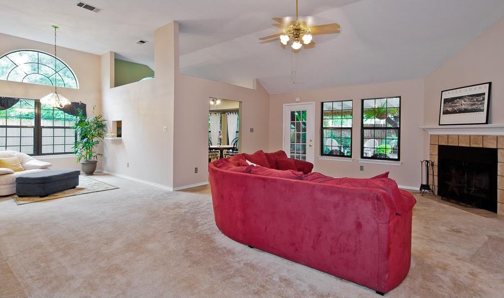 Sold Property | 4309 Hudson Avenue Grand Prairie, Texas 75052 9