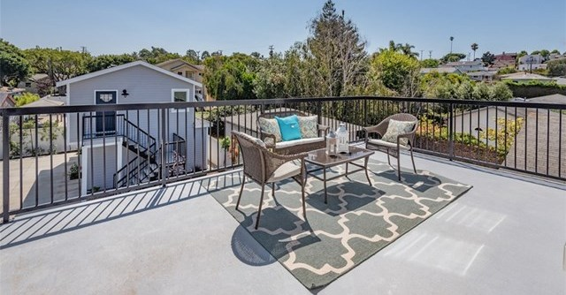 Closed | 414 W Oak Avenue El Segundo, CA 90245 35