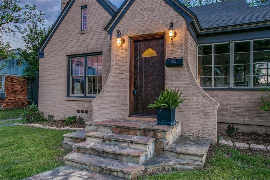 Sold Property | 2218 Carnes Street Dallas, Texas 75208 0
