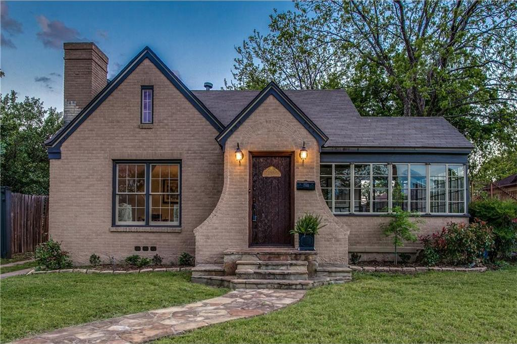 Sold Property | 2218 Carnes Street Dallas, Texas 75208 1