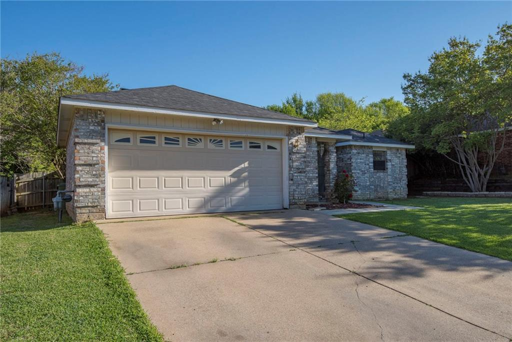 Sold Property | 6111 Blueridge Court Arlington, Texas 76016 2