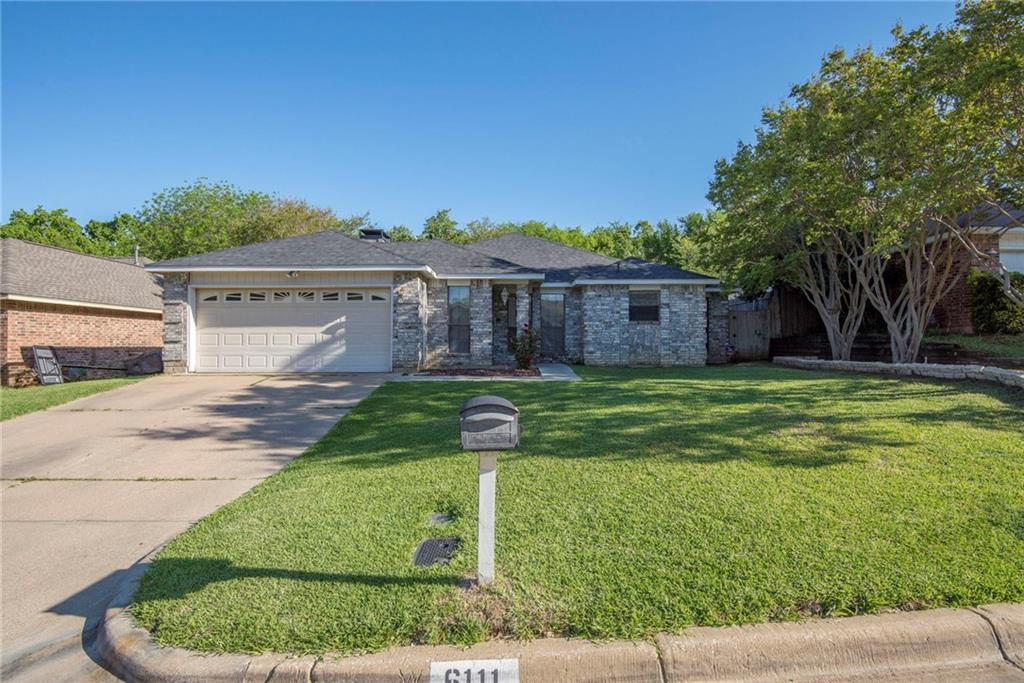 Sold Property | 6111 Blueridge Court Arlington, Texas 76016 3