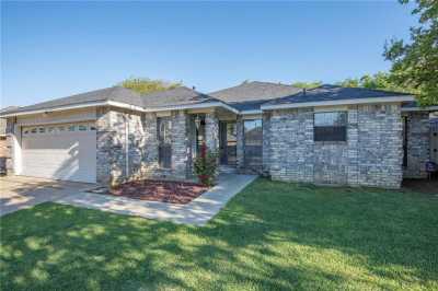 Sold Property | 6111 Blueridge Court Arlington, Texas 76016 4