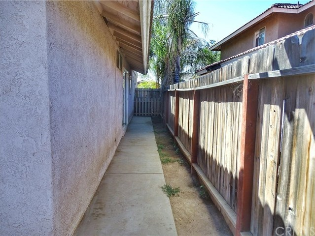 Closed | 25232 Dana Lane Moreno Valley, CA 92551 18