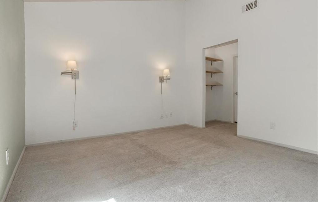 Leased   4801 Yucca Hill Drive Austin, TX 78744 15