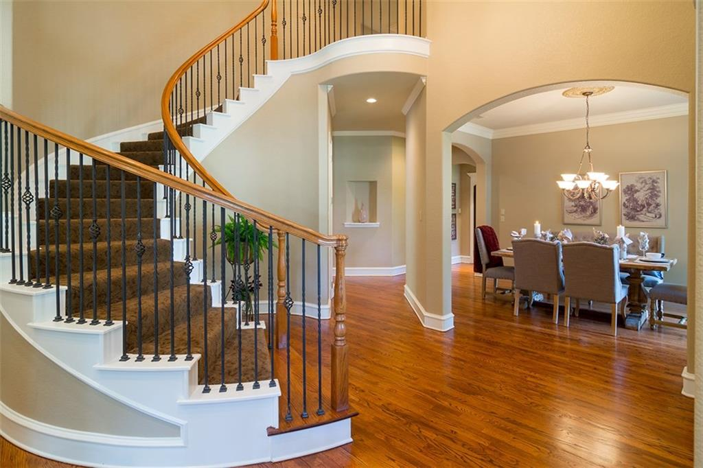 Sold Property | 561 Round Hollow Lane Southlake, Texas 76092 1