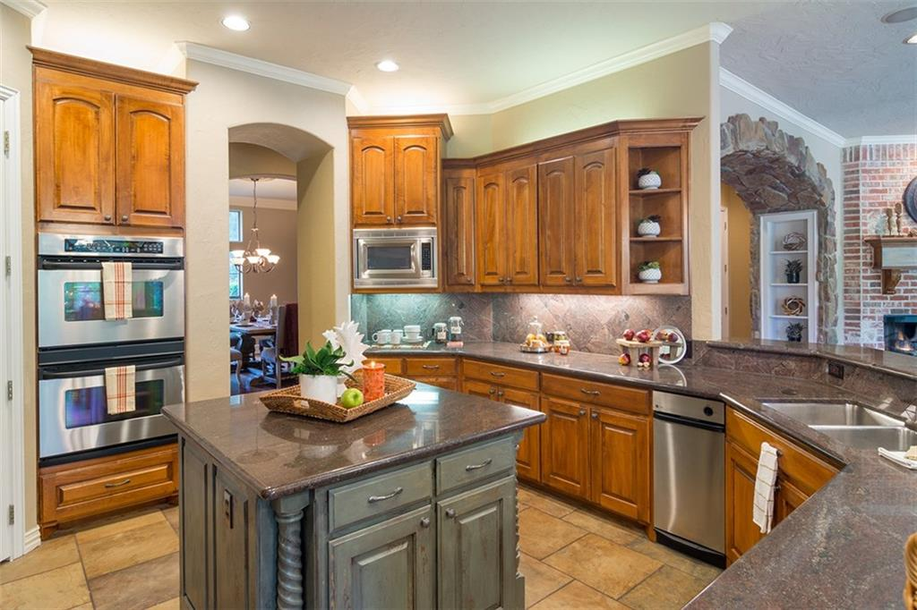 Sold Property | 561 Round Hollow Lane Southlake, Texas 76092 8