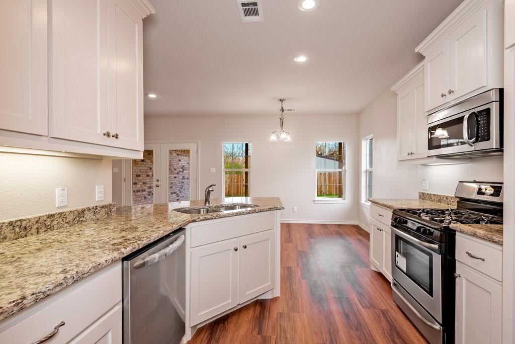 Sold Property | 2830 W Washington Street Denison, Texas 75020 4