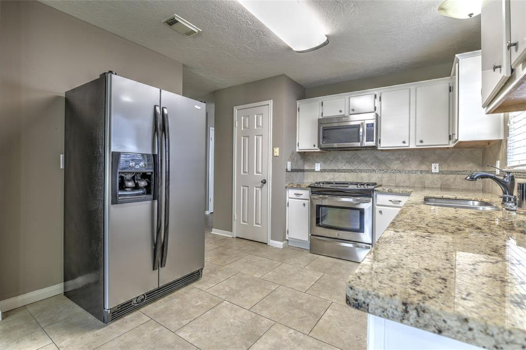 Off Market | 18022 Lago Forest Drive Humble, Texas 77346 13