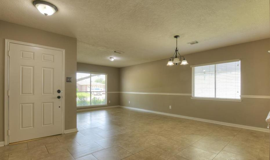 Off Market | 18022 Lago Forest Drive Humble, Texas 77346 6