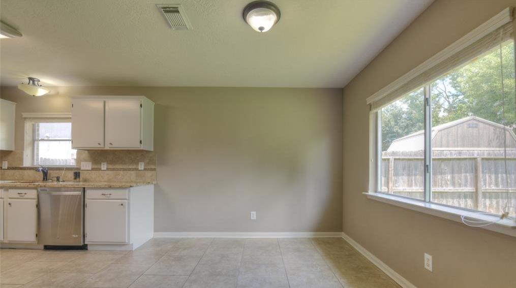 Off Market | 18022 Lago Forest Drive Humble, Texas 77346 10