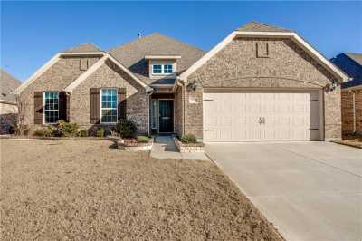 Sold Property | 2021 Red Brangus Trail Fort Worth, Texas 76131 1