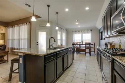 Sold Property | 2021 Red Brangus Trail Fort Worth, Texas 76131 8