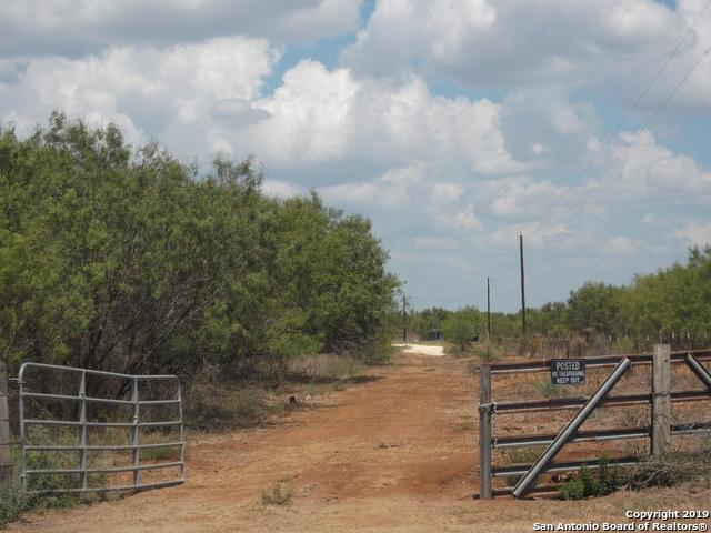 Active | 1660 county road 300  Jourdanton, TX 78026 2
