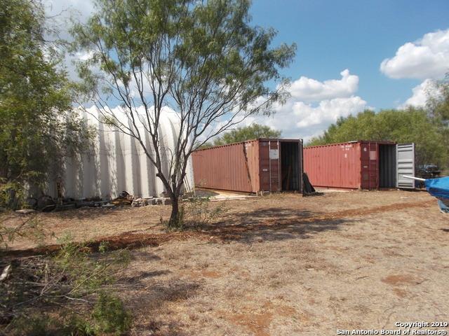 Active | 1660 county road 300  Jourdanton, TX 78026 24