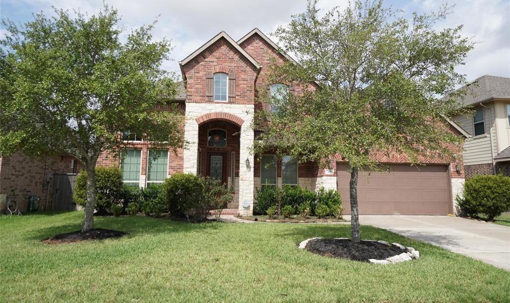 rental home in Fulshear, lease home in Katy area, katyisd | 3434 Norwich Gardens Lane Fulshear, TX 77441 2
