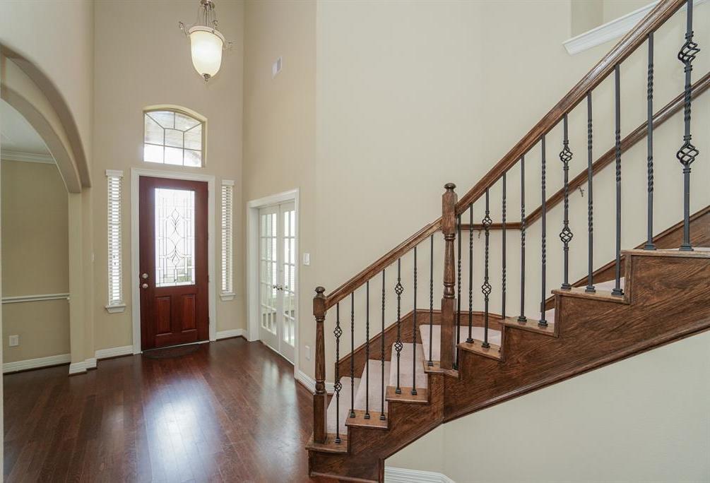 rental home in Fulshear, lease home in Katy area, katyisd   3434 Norwich Gardens Lane Fulshear, TX 77441 4