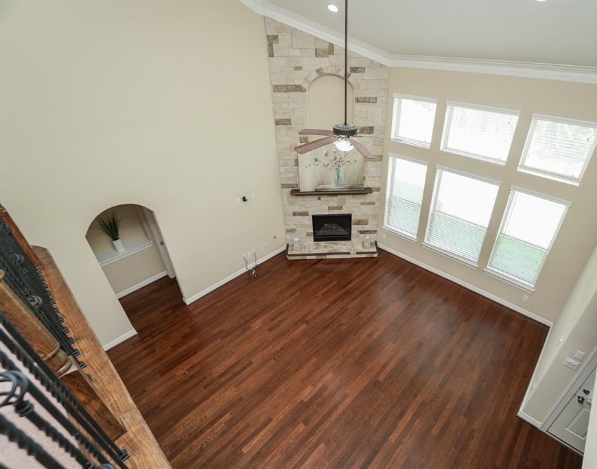 rental home in Fulshear, lease home in Katy area, katyisd   3434 Norwich Gardens Lane Fulshear, TX 77441 24