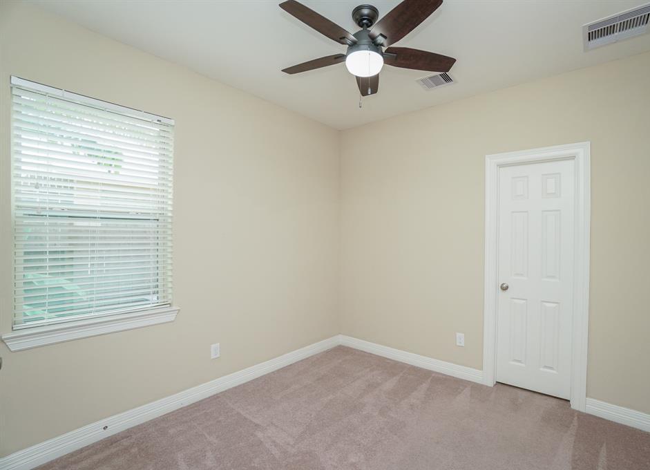rental home in Fulshear, lease home in Katy area, katyisd   3434 Norwich Gardens Lane Fulshear, TX 77441 25