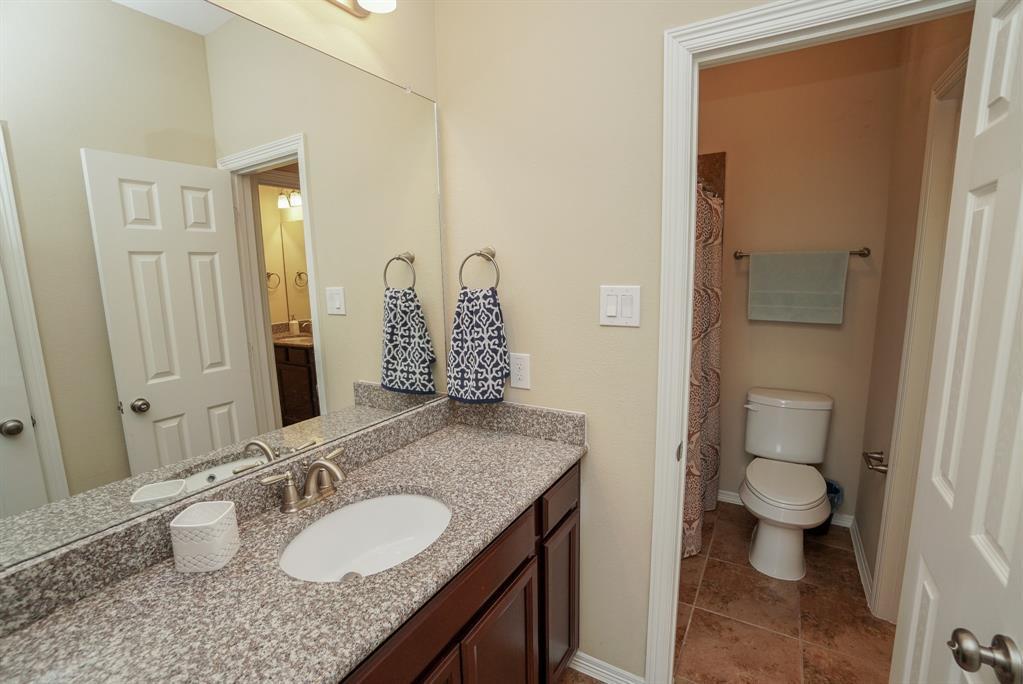 rental home in Fulshear, lease home in Katy area, katyisd   3434 Norwich Gardens Lane Fulshear, TX 77441 31
