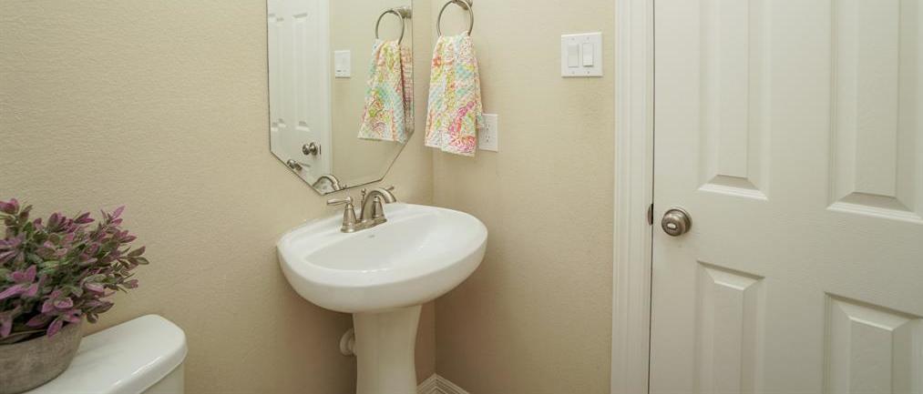 rental home in Fulshear, lease home in Katy area, katyisd   3434 Norwich Gardens Lane Fulshear, TX 77441 8