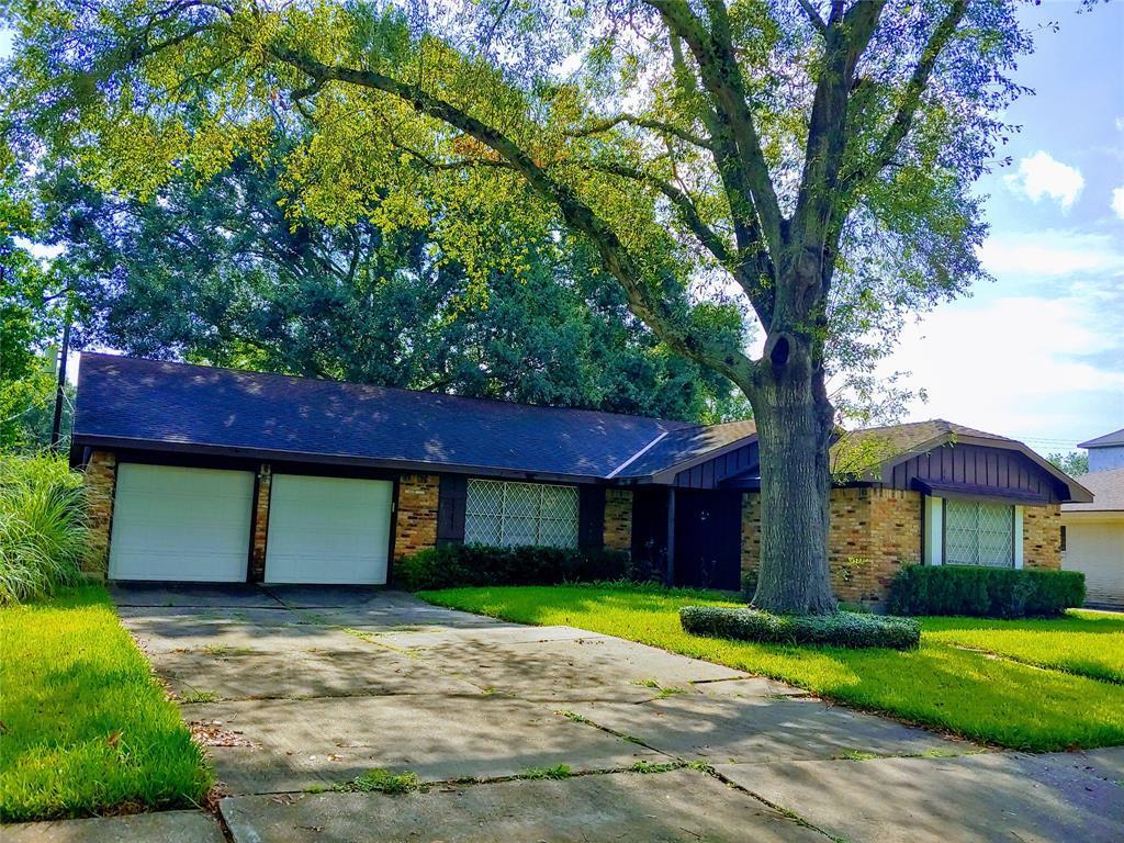 Property for Rent | 9011 Landsdowne Drive Houston, Texas 77096 0