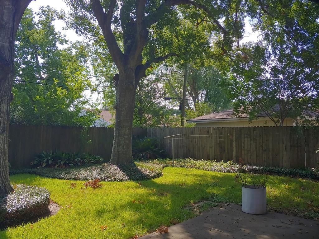 Property for Rent | 9011 Landsdowne Drive Houston, Texas 77096 13