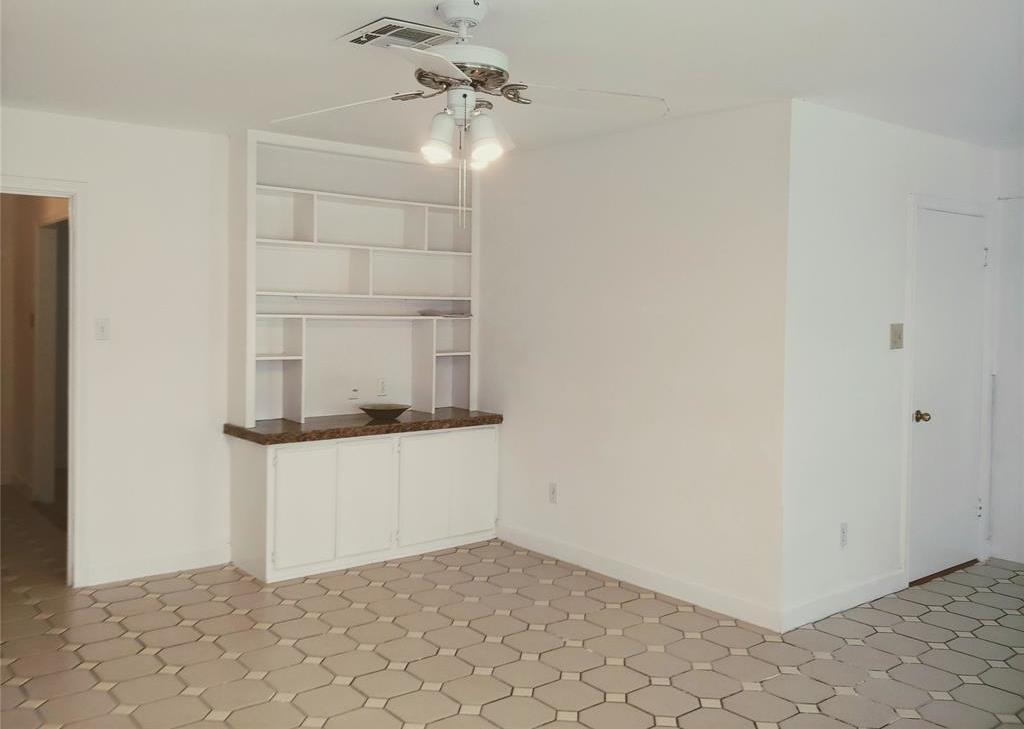 Property for Rent | 9011 Landsdowne Drive Houston, Texas 77096 6