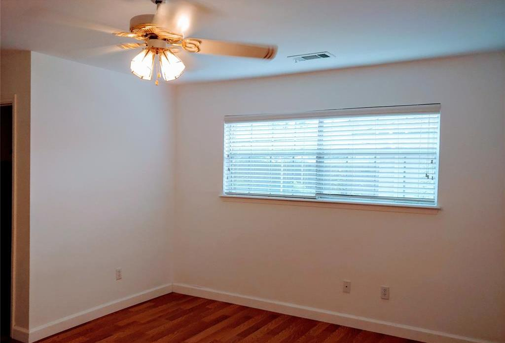 Property for Rent | 9011 Landsdowne Drive Houston, Texas 77096 7