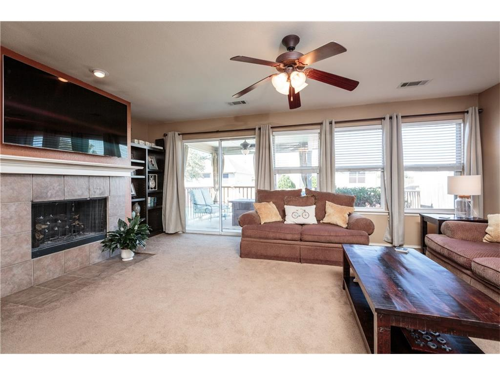 Sold Property | 7241 Lindentree Lane Fort Worth, Texas 76137 6